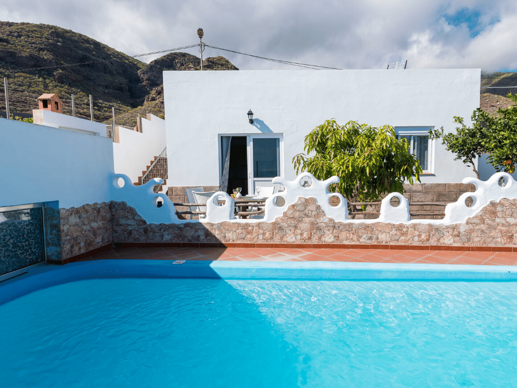 Choosing accommodation in Tenerife