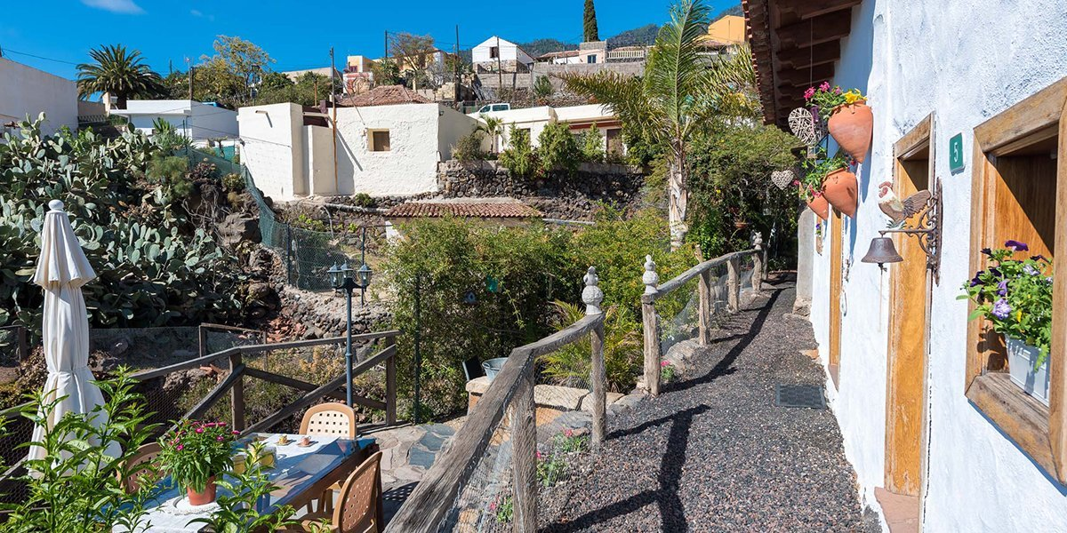 Romantic Cottage in a Beautiful Hamlet_0000_16Vacation rental Tenerife Candelaria