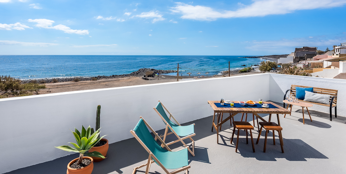 Rooftop Terrace Apartment with Beach Views6