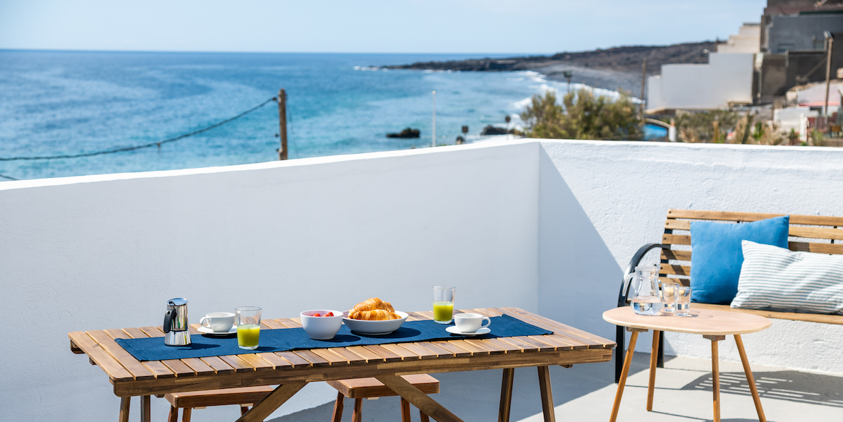 Rooftop Terrace Apartment with Beach Views8